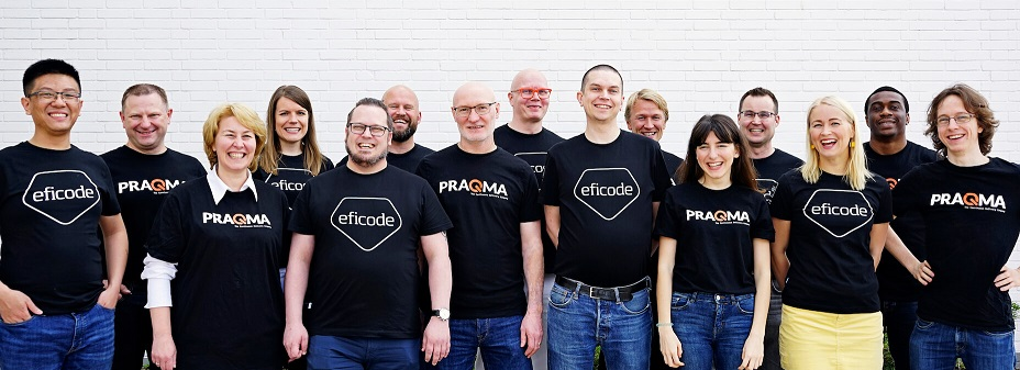 A picture of Eficodeans and Praqmates, i.e. experts from Eficode and Praqma